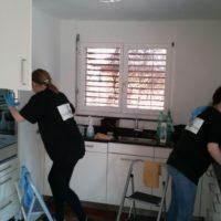 Zwei Reinigungsmitarbeiterinen gesucht